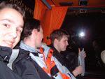 im Bus auf der Hinfahrt